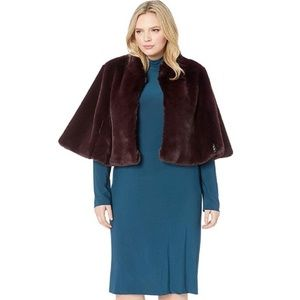 Betsey Johnson Faux Fur Cape-NWT-Size:1X